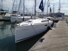 Jeanneau in the Marina